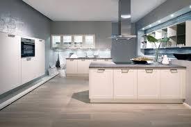 kueche magnolie arbeitsplatte grau kueche magnolie arbeitsplatte grau form auf küche mit schwarz