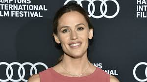 jennifer garner actually injured herself for her new movie role