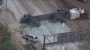 Sigalert Com Los Angeles Traffic Map by Big Rig Crash Spills Glass On Transition Road From 5 Freeway In