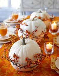 Decorating With Fall Leaves - https i pinimg com 736x da b9 61 dab961696d5fc20