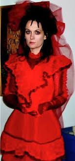lydia beetlejuice wedding dress pin by déesse bastet on beetlejuice lydia deetz