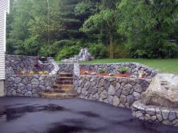 Rock Quarry Garden Retaining Walls And Garden Beds Instant Curb Appeal