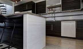 cuisine moderne ilot créations sylvain lavoie cuisiniste ilot cuisine style moderne