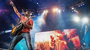 country music concerts ta fl 2013 luke bryan opens up about the two tragedies that nearly broke him