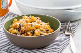 winter wonder cheesy sweet potato chili mac