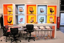 Retail Office Furniture by Chair Display Google Search Showroom Pinterest Display