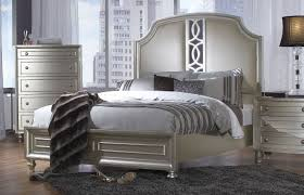 Silver Queen Bed Regency Park Pearl Silver Queen Size Sleigh Bed Pearl Silver