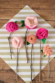 felt flowers diy no sew felt flowers with twigs moment