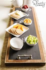 ardoise de fromage elle se procure une plaque imitant le marbre à 5 et la transforme