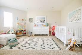 préparer la chambre de bébé comment aménager sa maison avant l arrivée de bébé
