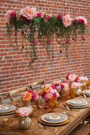 look at all those gorgeous peonies decorate your wedding with