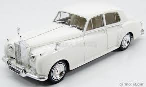 rolls royce white minichamps 100134900 scale 1 18 rolls royce silver cloud ii 1960