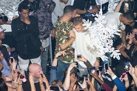 rapper drake house justin bieber booze and bouncers inside drake u0027s release party
