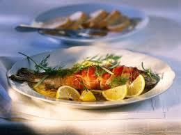 cuisiner truite au four truite saumonée aux herbes recettes femme actuelle