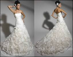exclusive wedding dresses fit and flare wedding dresses flaunt your fabulous fashion sense