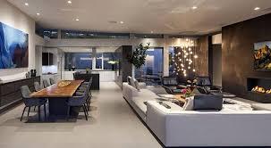 kamin wohnzimmer moderne wohnzimmer mit kamin kamin holz moderne glaswand
