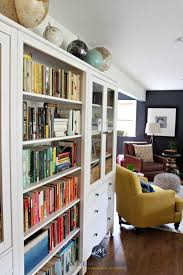 ideas to display a book collection in a family room with ikea