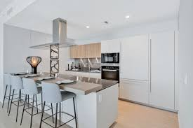 solid wood kitchen cabinets miami luxury condos in brickell miami brickell condos interiors