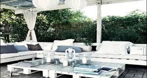 canapé avec palette faire un salon de jardin en palette deco cool