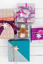 Ideas Of Gift Wrapping - gift wrapping ideas tips u0026 tricks the inspired room