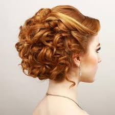 hairstyles that can be worn curly best 25 curly hairstyles for prom ideas on pinterest curly