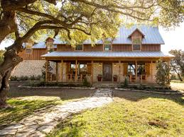 Landhaus K He Fixer Upper Country Farmhouse Goes From Scary To Sensational