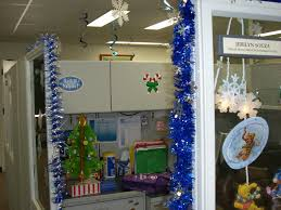 chic christmas decoration office bay office decorating contest