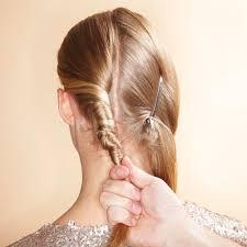 Hochsteckfrisuren Mittellange Haare Einfach by Haarstyling Lange Haare Hochstecken Kein Problem Brigitte De