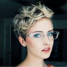 Haar Frisuren Kurz by Die Besten 25 Kurze Haare Stylen Ideen Auf Locken