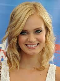 medium short hairstyle for fat faces women medium haircut hair