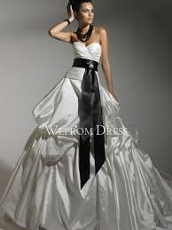 Sweetheart Natural Sleeveless Taffeta White Pear Shaped Ball Gown