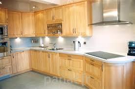 les meubles de cuisine vernis meuble cuisine peindre meuble en chene vernis meuble