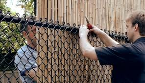Decorate A Chain Link Fence Ways To Cover An Ugly Chainlink Fence
