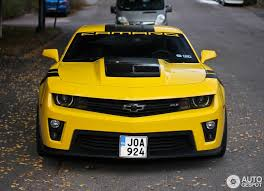 yellow camaro zl1 chevrolet camaro zl1 18 october 2015 autogespot