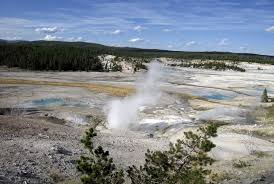 man who dissolved in yellowstone spring slipped while checking