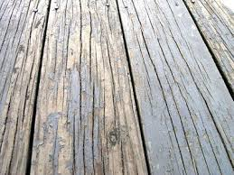 how to fix a deck that is peeling