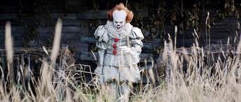 pennywise the clown halloween costume popsugar entertainment
