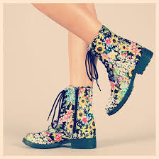Vanity Row Clothing Shoes Hippie Boots Floral Flowers Flowerpower Makeup Table