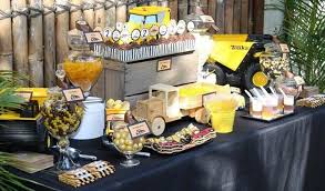 Construction Party Centerpieces by Construction Truck Birthday Party Planning Ideas Decorations