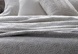 Twin Matelasse Coverlet Duvet White Matelasse Coverlet And Duvet Beautiful Matelasse