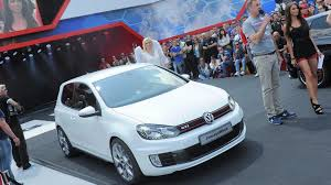 white volkswagen gti volkswagen golf gti concept white revealed in worthersee