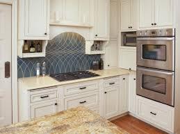 Photos Of Backsplashes In Kitchens Kitchen Backsplash Travertine Backsplash Designs Popular Kitchen