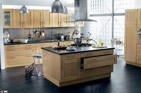 cuisine en bois naturel meuble cuisine en bois brut cuisine et bois en 42 ides