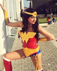 Wonder Woman Costume Diy Wonder Woman Costumes Popsugar Smart Living