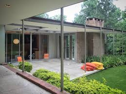 Frame House Instagramming The Frame House A 1960 Modern Design By Harwood