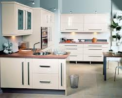 kitchen cabinet cornice high gloss white kitchen cornice morespoons ee449ba18d65