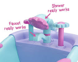 amazon com jc toys lots to lots to love baby doll real working amazon com jc toys lots to lots to love baby doll real working bathtub with electronic bath sounds all vinyl water friendly 14 inch posable doll