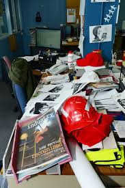 What Does Your Desk Say About You The Theory Of Chaos What Does Your Desk Say About You