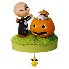trick or treat the peanuts gang halloween musical ornament