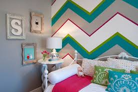 shabby chic kids bedroom for girls with bold chevron pattern